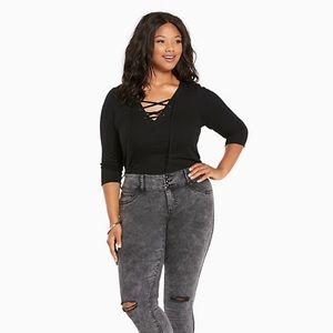 Torrid Grey Acid Wash Jeggings With Destruction